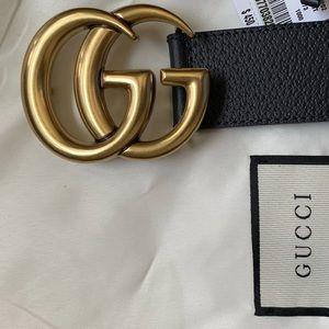 Black leather Gold buckle GG belt (unisex)